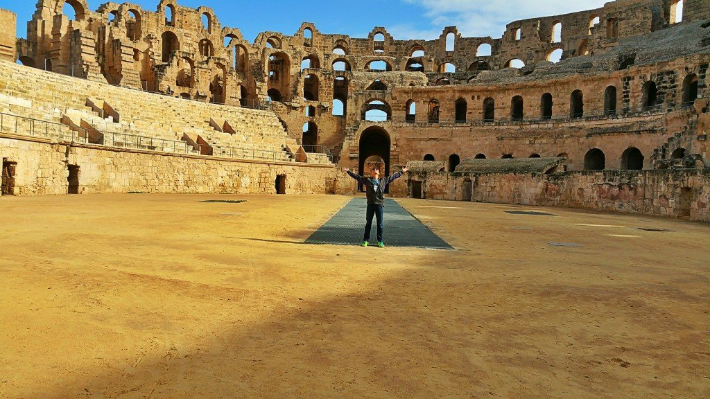 Tell me where you can get a picture half as good from the coliseum in Rome.
